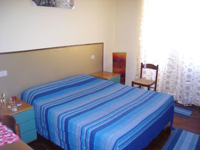 camera vicino metro A(N.QUADRATO)
