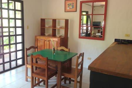La Buena Nota room 2 - Manuel Antonio