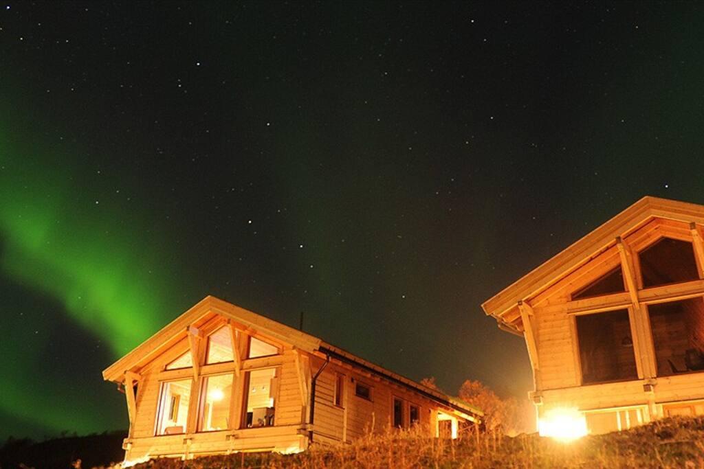 Nordern lights in Mikkelvik