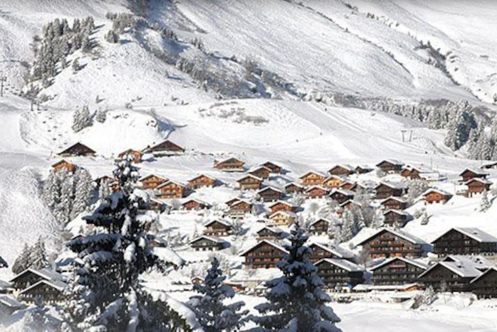 Champoussin Village