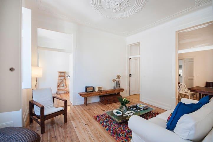 Amazing apartment and location 1