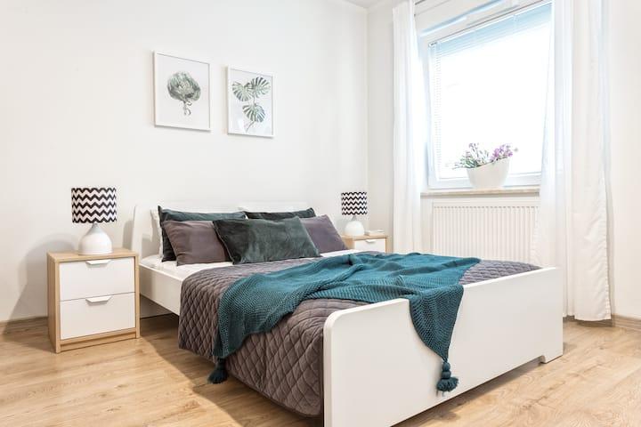 Apartamenty Tespis No.5 (Francuska 100A/4)