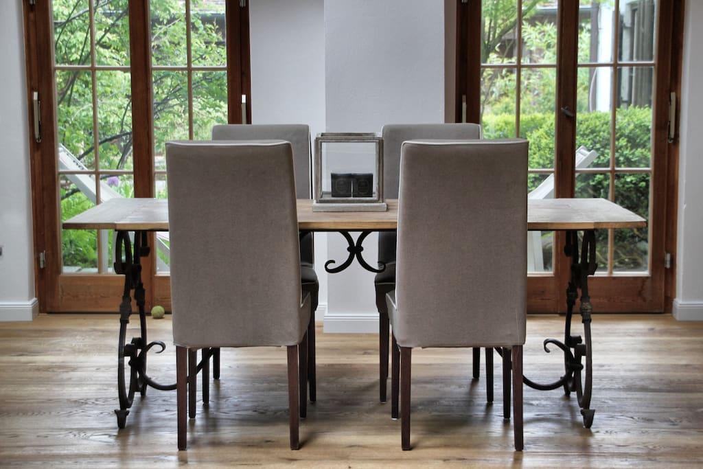Esstisch Gallery Suite / Dining Area Gallery Suite