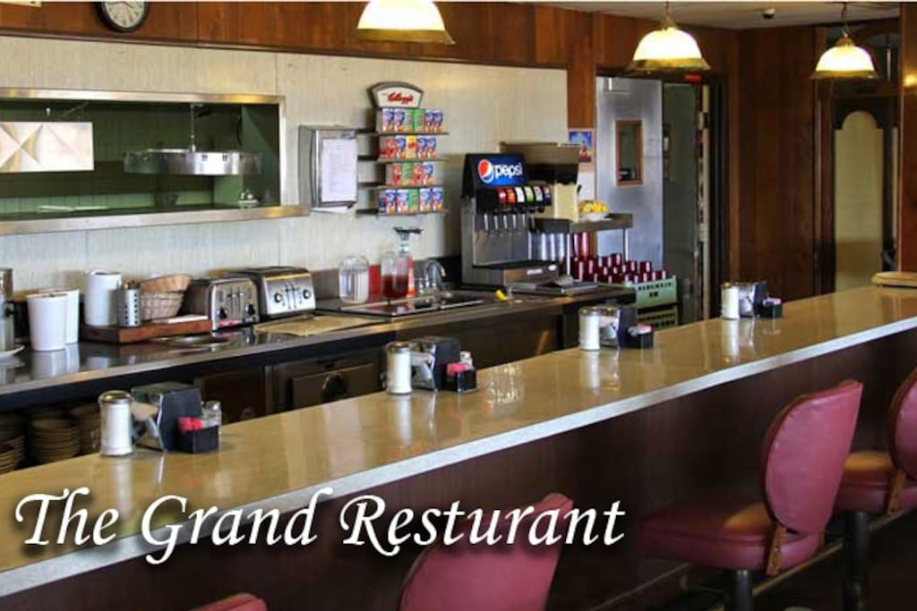 Charming hotel in deming bed and breakfasts for rent in for Grand motor inn deming