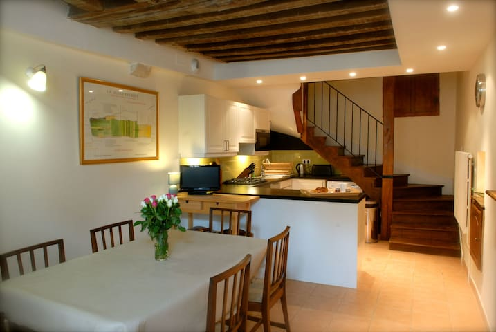Townhouse in central Beaune