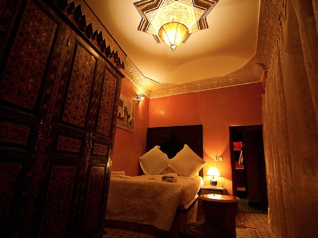 Double bed, Riad Layalina Fes - Fez - Bed & Breakfast