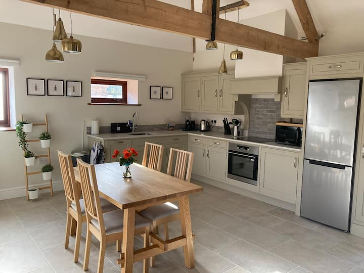 Stunning one bedroom converted barn
