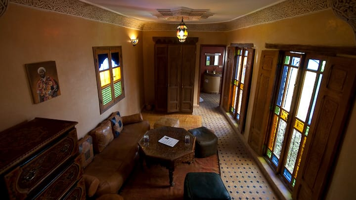 Suite 4/6 Pax In Riad With Pool & Free Parking