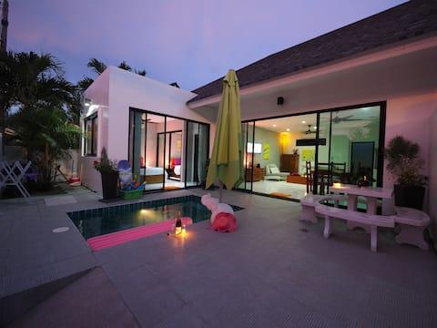 Iris villa... Unique 2 bedr private pool Nai Harn