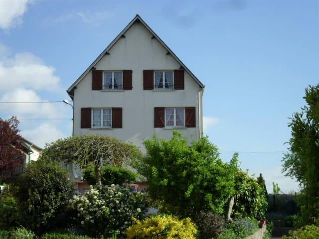 Lenard Charles Bed & Breakfast - Juvigny-sous-Andaine - Bed & Breakfast
