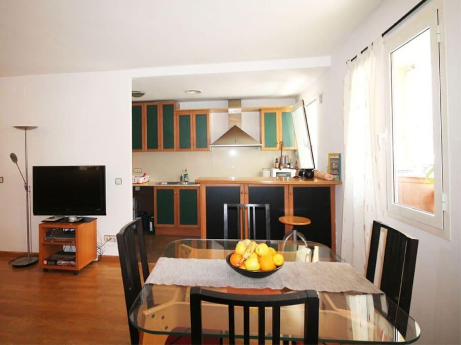 Encantador piso a 200m de la playa apartamentos en for Pisos en la flecha