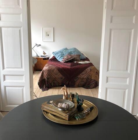 Vue from livingroom to bedroom