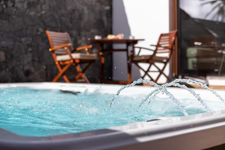 RINCÓN DEL OCÉANO- HEATED pool-jacuzzi spa, A/A