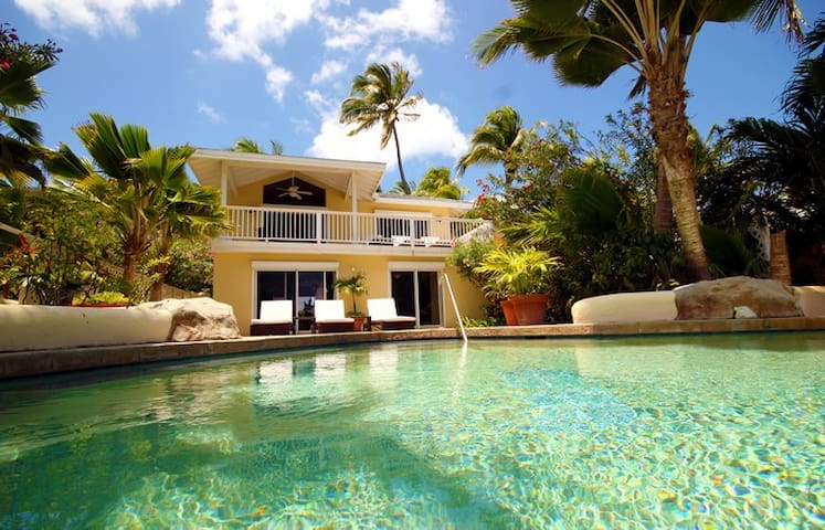 St. James's Club Resort, 3 bed, beachfront villa