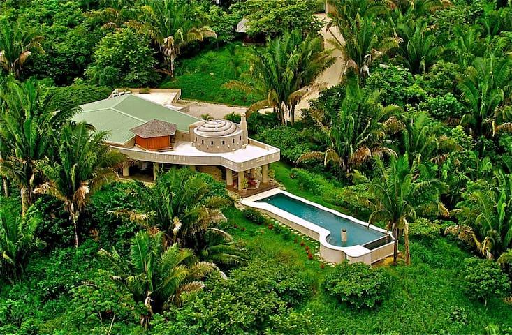 The Ultimate 5 Star Villa Getaway!  - Nosara - Villa