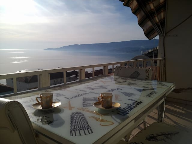 Magnificent View - Gemlik - Appartamento
