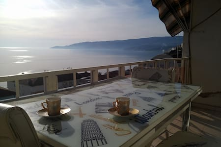 Magnificent View - Gemlik - Appartement