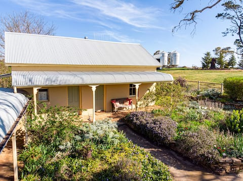 Triangle Flat Farm Stay
