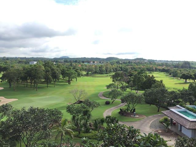 Golfers' Paradise at Laem Chabang International
