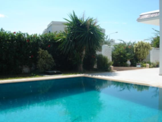 Airbnb Avenue De La Paix Vacation Rentals Places To