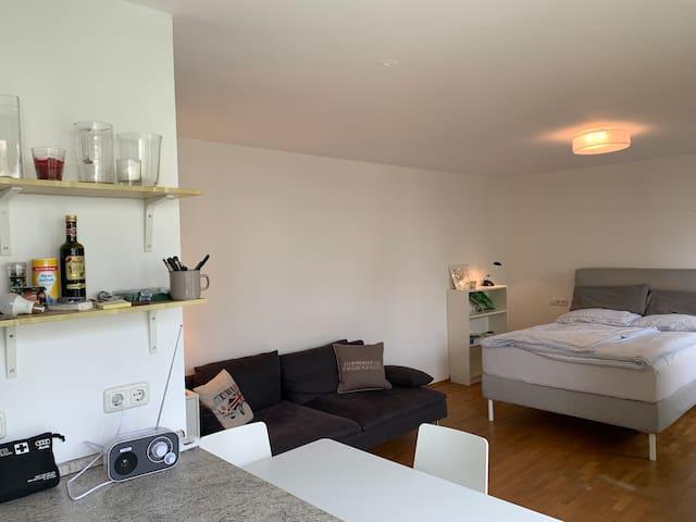 1-Zimmer Wohnung für Zwei am Nymphenburger Schloß