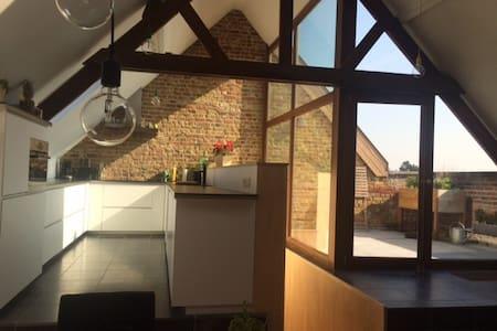 Prachtige loft Anzegem (Vlaamse Ardennen) - Anzegem - Rumah