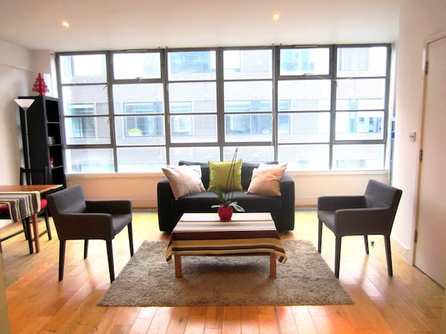 Modern & charming 65 sqm flat - 2 bedrooms - London - Apartment