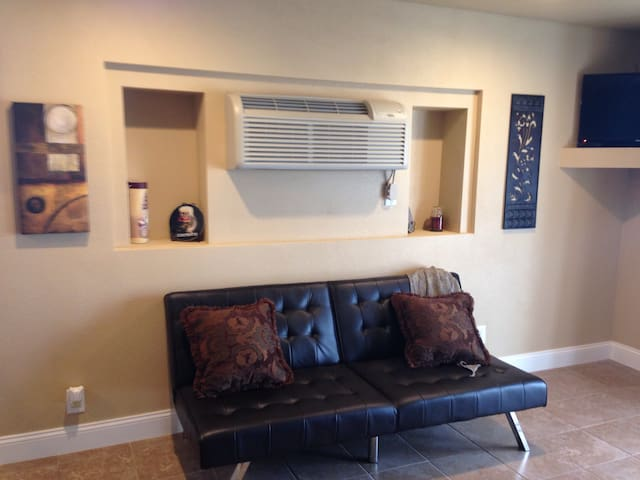 Park View Executive Studio Suite - Tonkawa - Apartment