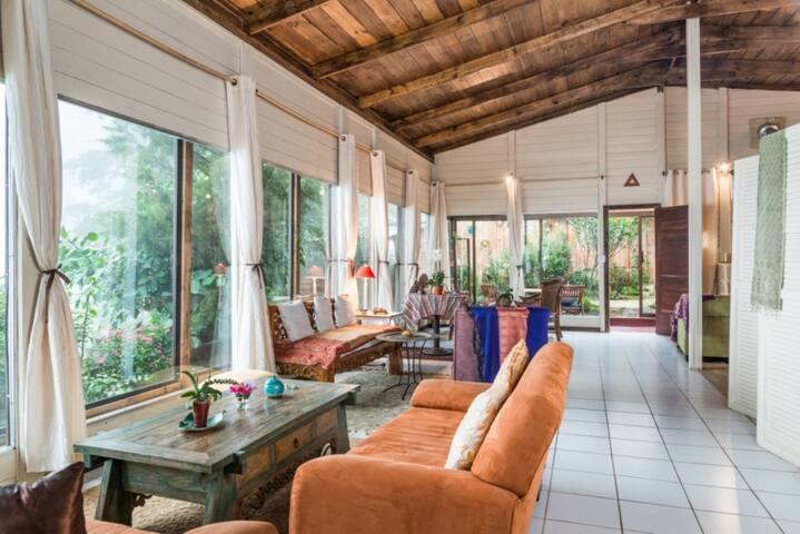 Petite suite dans chalet moderne face volcan Poas - Vara Blanca - Bed & Breakfast