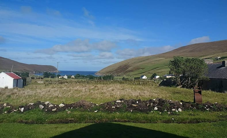 Cosy cottage located along the Wild Atlantic Way