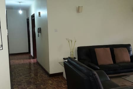 Lovely spacious apartment within a gated community - Nairobi