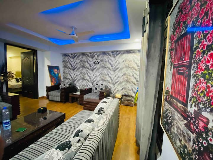 Islamabad Lodge/Pvt Parking/ Fully Furnished.1BHK