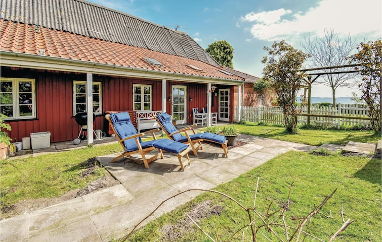 Holiday apartment with 2 bedrooms on 65m² in Skårup Fyn