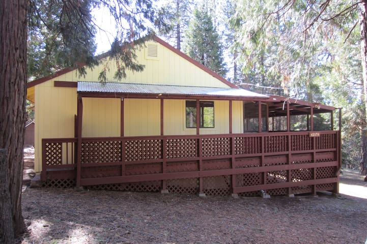 Cedar Springs Mountain Cabin - Auberry - Casa