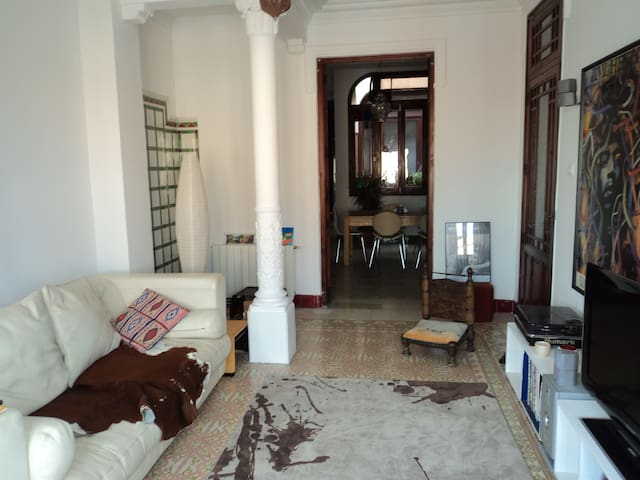 Valencia dble room - spacious house - Godella - Talo