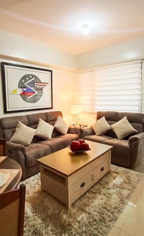 The SPLENDOR: Comfortable living by Awsom Phil