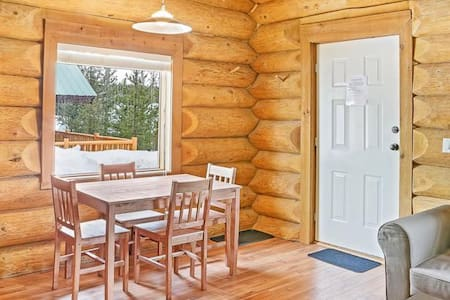 4 Season LogCabin (resort type loc) - Kamloops - Other