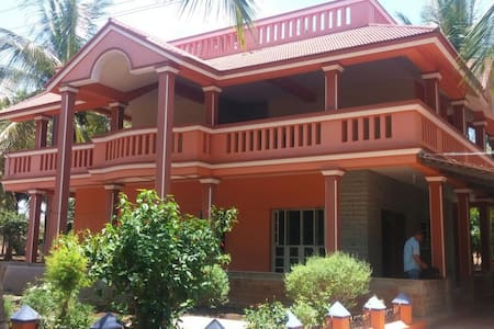 Wow! Farmhouse on HD Kote Rd near Kabini - Mysore