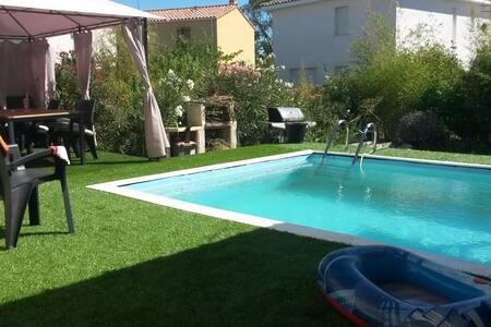 Villa avec piscine Le Crès - Le Crès - Talo