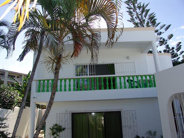 Apt #5 - ONE-BR w/balcony  - Cabarete, D.R. - Cabarete - Lägenhet