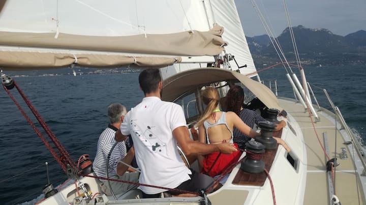 PRINCIPESSA barca Vela boat e breakfast Gardalake