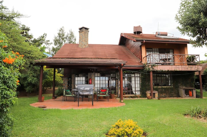Francolin Cottage at GRVL & Golf Resort Naivasha