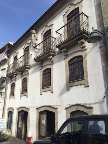 Casa de S. João - Arcos de Valdevez - アパート
