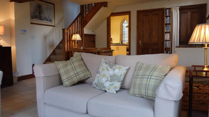 Your own cottage in an idyllic Cotswold village