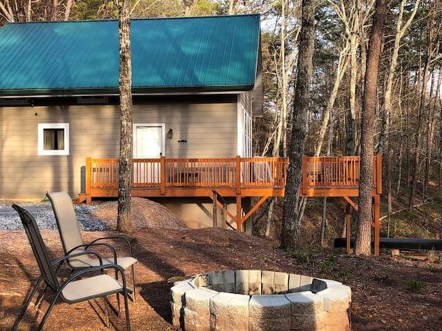 Mountain Ventures-Mr. Lake Lure Vacation Rentals