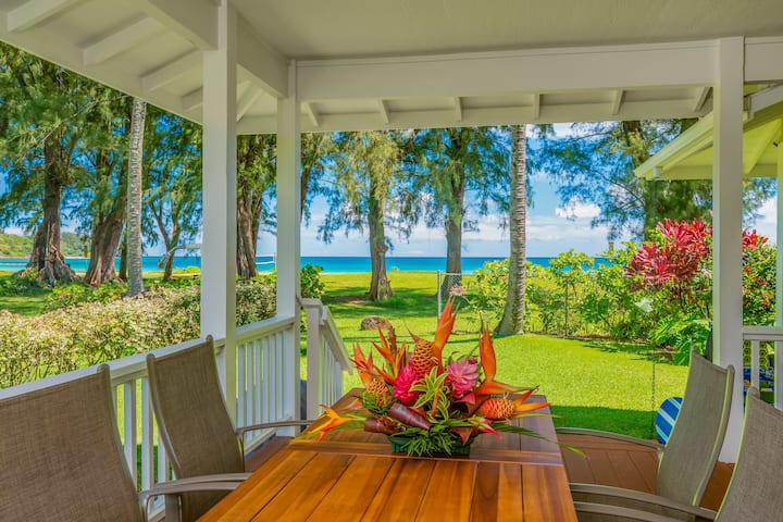 Beachfront Home + Cottage at Center of Hanalei Bay