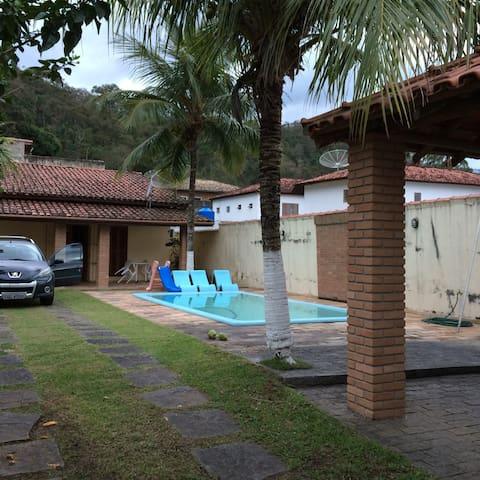 SÃO SEBASTIÃO - Praia de Barequeçaba - São Sebastião