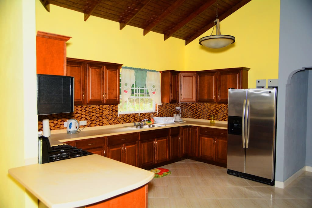 Quincy apartments apartments for rent in happy hill for Perfect kitchens quincy