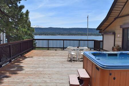 Eagles Nest North: Lake View! Spa! Walk to Lake! - Fawnskin