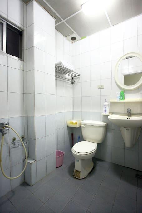 每個房間都有獨立的衛浴